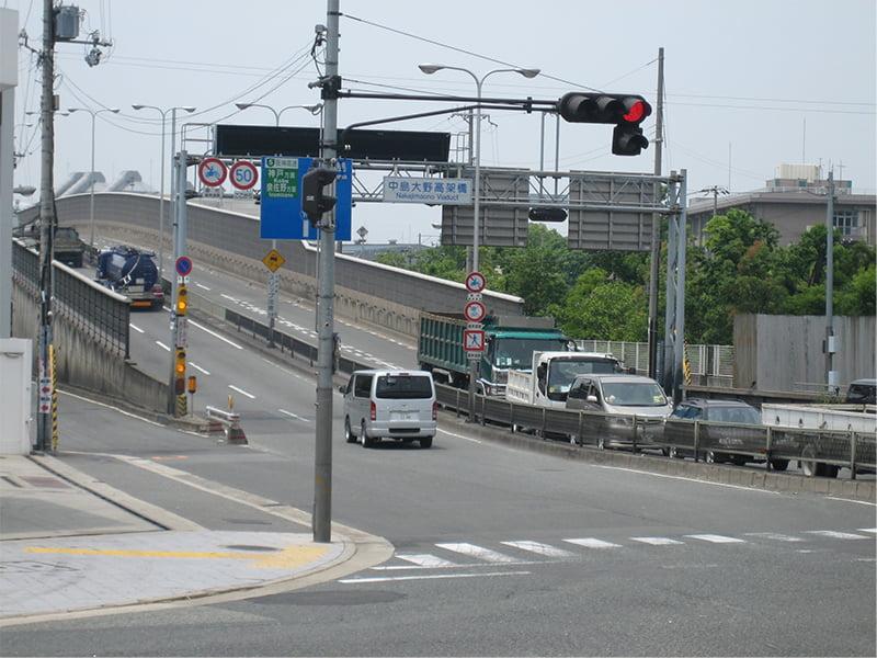 車でアクセス説明写真1 大和田西交差点を中島バイパスへ
