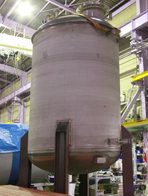 熱水タンク 内径1900×高さ4470(49-247)